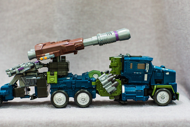 Onslaught Vehicle Mode with Trailer 3