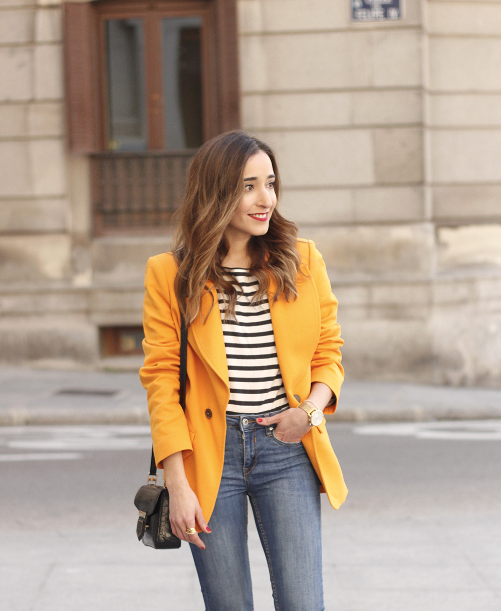 yellow blazer strippes ripped jeans givenchy bag leopard heels spring outfit 201812