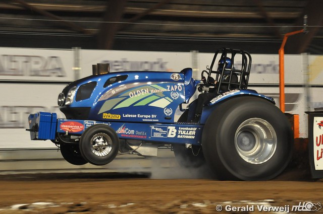 NTTO Indoor Tractorpulling Zwolle Superstocks 2018