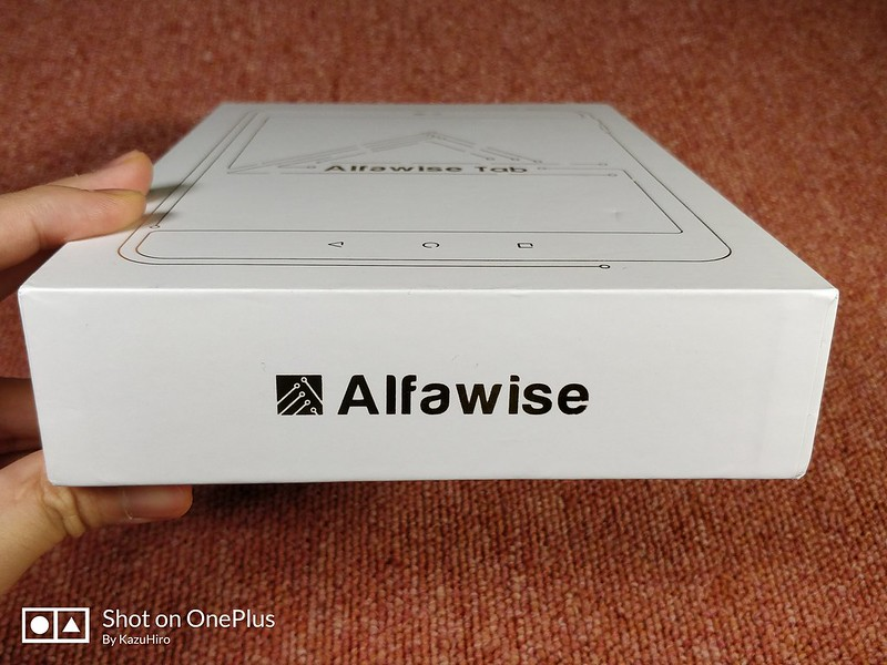 Alfawise Tab 開封レビュー (2)