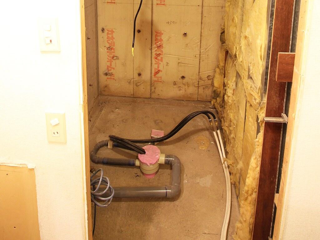 リノベーション中のトイレのサニタリー部分