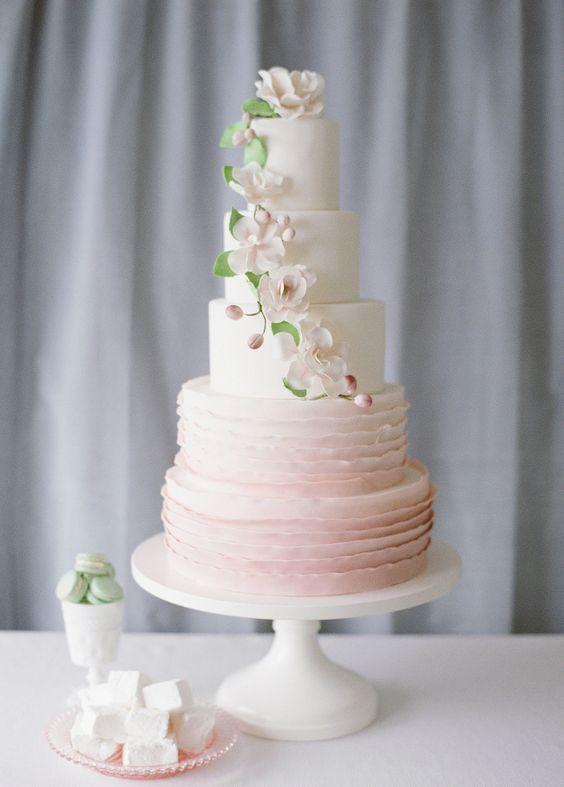 Wedding Cakes : Wedding cake idea; Featured Photographer: Katie Parra Photography