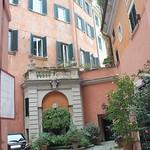 2018 Palazzo Maccarani Odescalchi, cortile, Piazza Margana 19 k - https://www.flickr.com/people/35155107@N08/