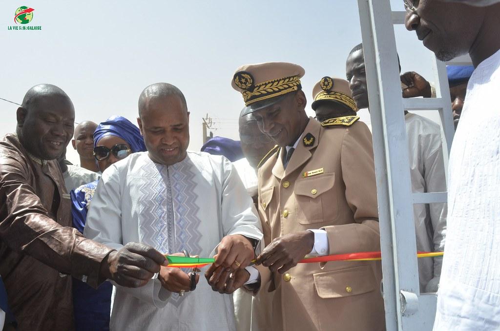 Inauguration d'infrastructures  de base à Mbakhna Par la Fondation SONATEL (34)