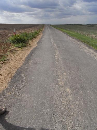 20100825 184 0105 Jakobus Straße Feld Wolken