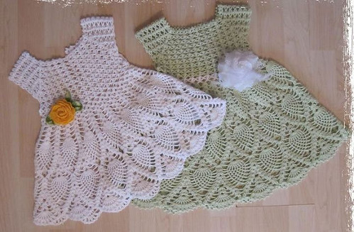 🙋♀️ 😬 😍 I loved this crochet dress very delicate and charming step by step I loved this pattern in very beautiful green and white