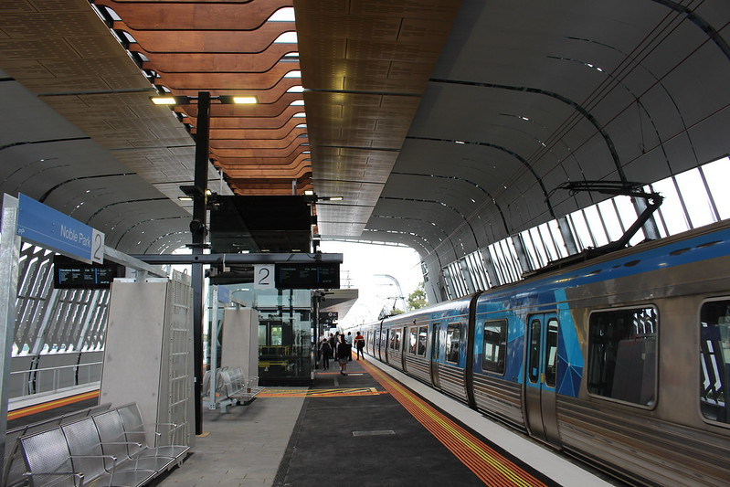 Outbound train at new Noble Park station