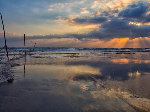 sunrise reflection pantaisepat kuantan pahang malaysia travel place trip canon eos700d canoneos700d canonlens 10mm18mm wideangle