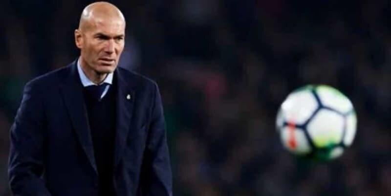 Cristiano Ronaldo Buat Zinedine Zidane Terkagum-kagum