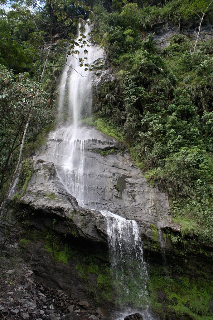 Cascada-de-Angulo-el-Pinon-3
