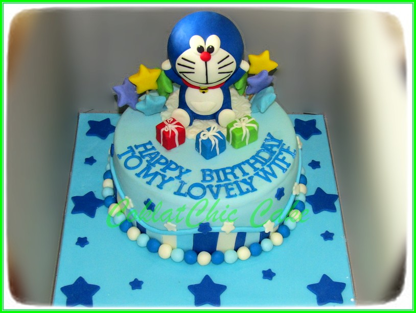 Cake Doraemon LOVELY WIFE 18 cm