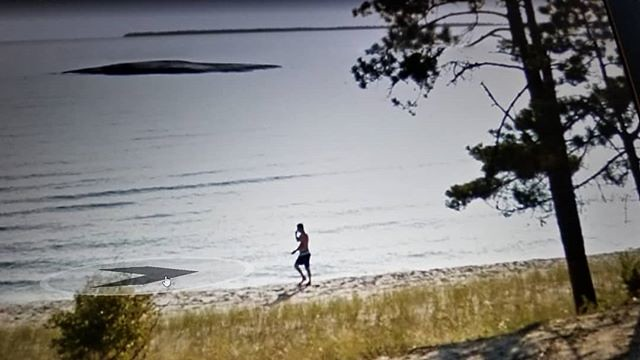 You were at Katherine Cove talking with someone. I hope you shared with them that beautiful view. #ridingthroughwalls #xcanadabikeride #googlestreetview #ontario