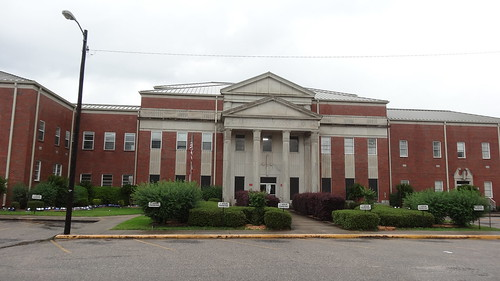 Clarke County Courthouse, Grove Hill, AL