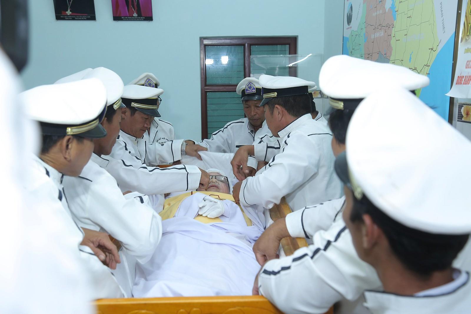Cầu nguyện cho linh hồn Cha Giuse Đặng Đình An, Cha qua đời vì tai nạn giao thông - Ảnh minh hoạ 21