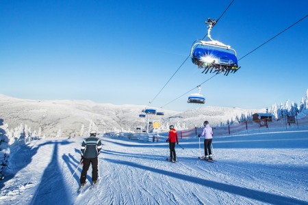Zima ve Špindlu? Parádní lyžovačka, top služby a spousta neopakovatelných zážitků