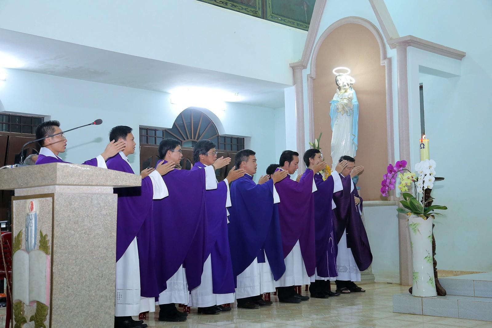 Cầu nguyện cho linh hồn Cha Giuse Đặng Đình An, Cha qua đời vì tai nạn giao thông - Ảnh minh hoạ 29