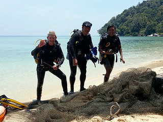 "<img src=""equipment-what-next-after-the-padi-open-water-course-part-3-salang-bay-tioman-island-malaysia.jpg"" alt="" Equipment – What next after the PADI Open Water Course – Part 3, Salang Bay, Tioman Island, Malaysia"" />"