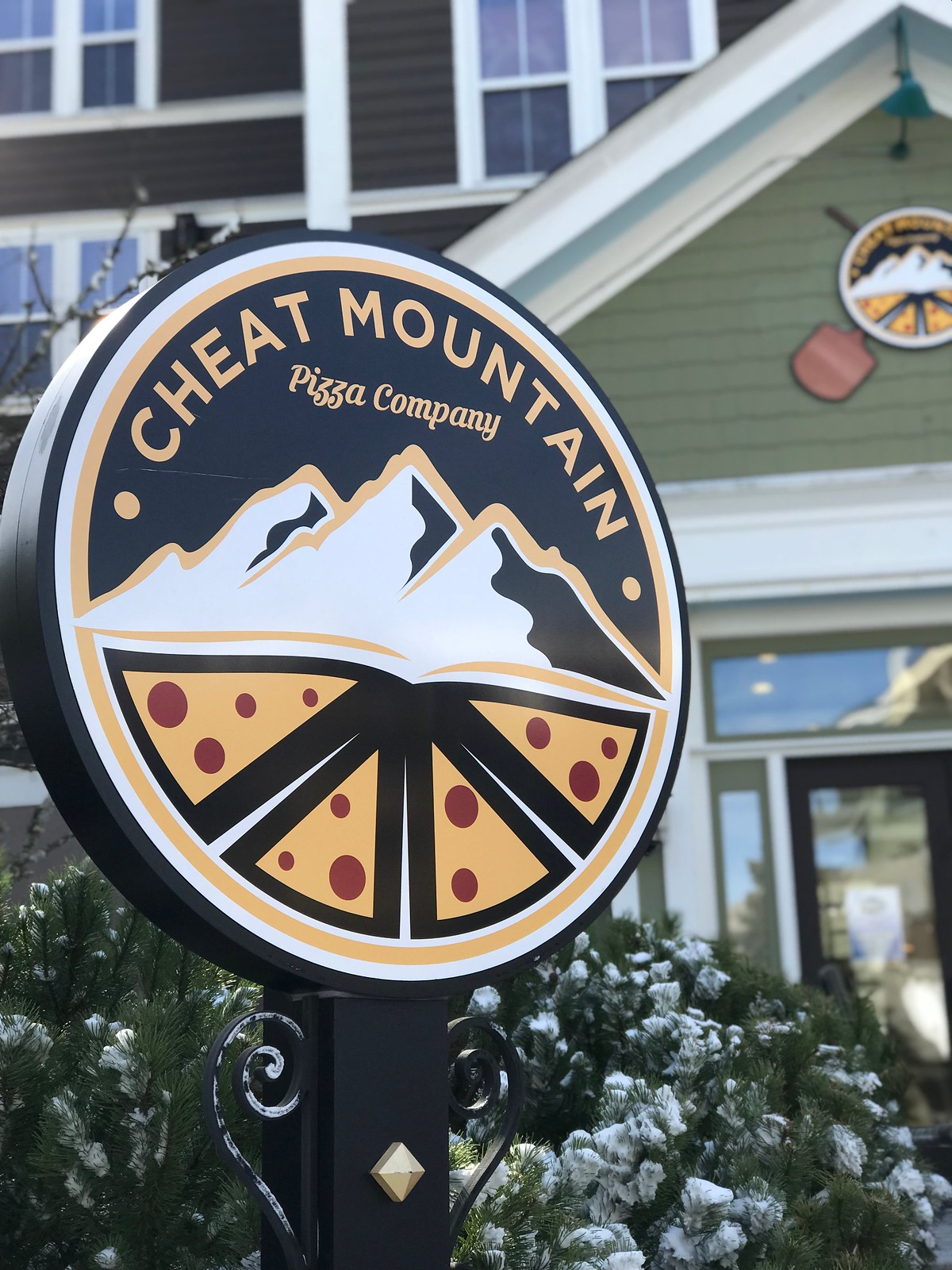 Cheat Mountain Pizza