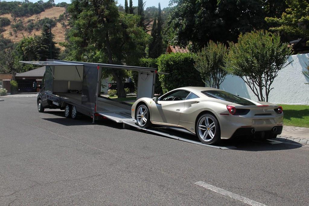 70th-Anniversary-Ferrari-488-5