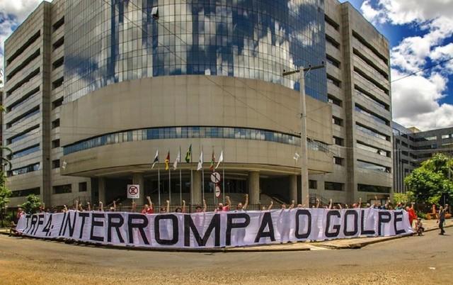 TRF4 mantiene la condena de Lula por tres a cero; la defensa recurrirá
