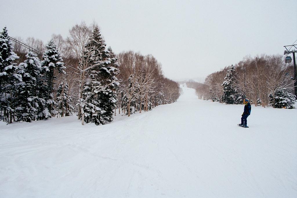 跟風滑雪摔慘慘