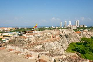Castillo San Felipe de Barajas against Cartagena skyline