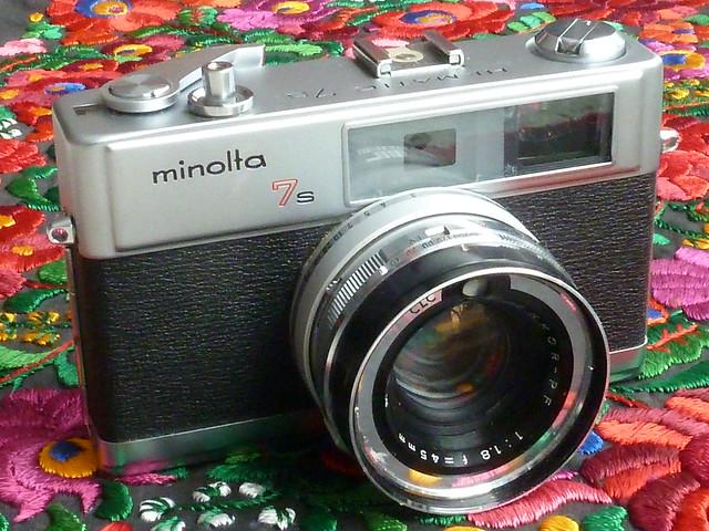 Minolta Hi-Matic 7s__0243, Panasonic DMC-ZS7