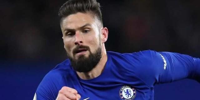 Giroud Ungkap Alasan Terima Pinangan Chelsea