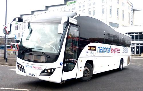 HSK 654 'Parks of Hamilton' on 'national express' duties. Volvo B9R / Plaxton Elite on 'Dennis Basford's railsroadsrunways.blogspot.co.uk'