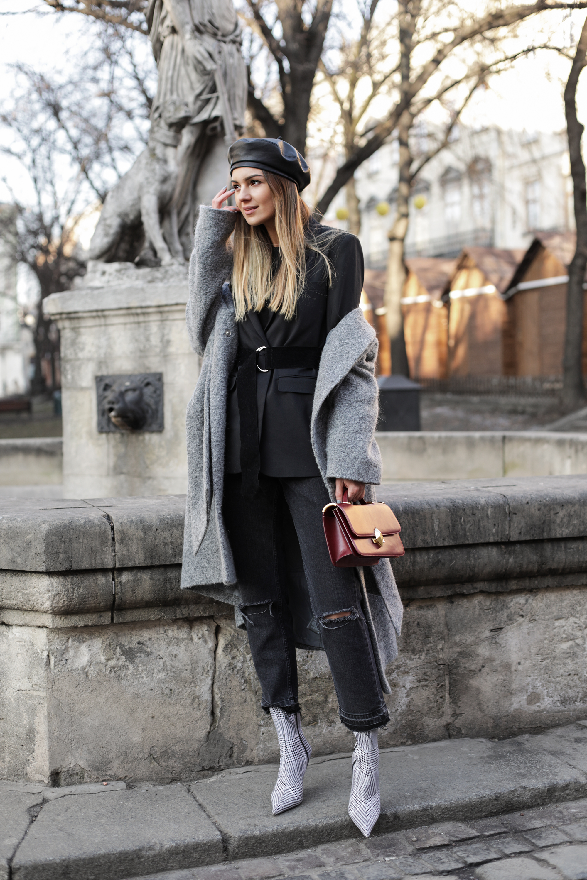 beret-sock-boots-street-style