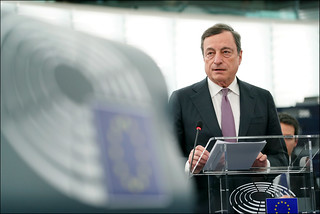 Draghi debate on investment, post-crisis support for banks and the way forward