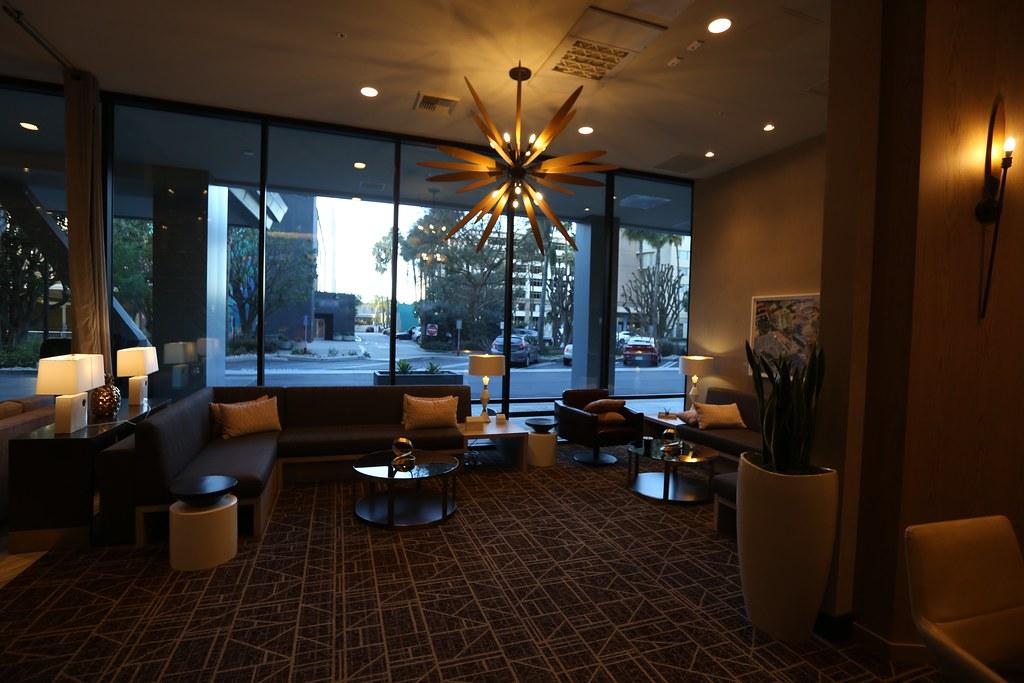 Hilton H Hotel LAX 8