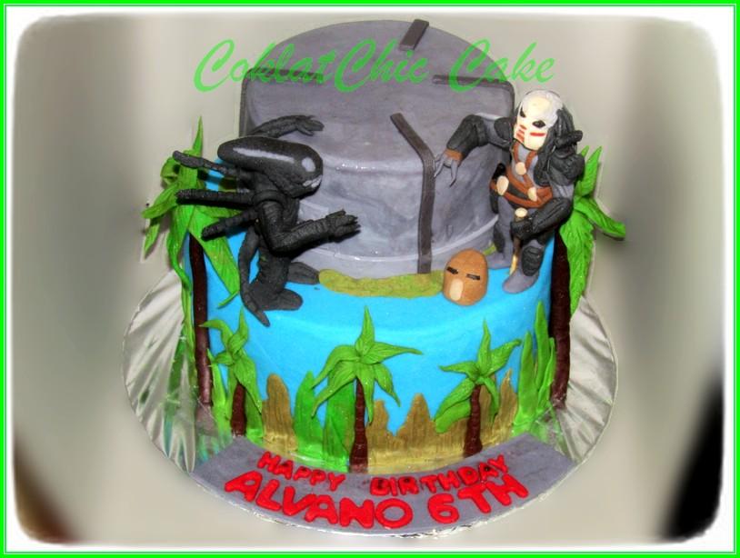 Cake Alien vs Predator 15/ 12 cm