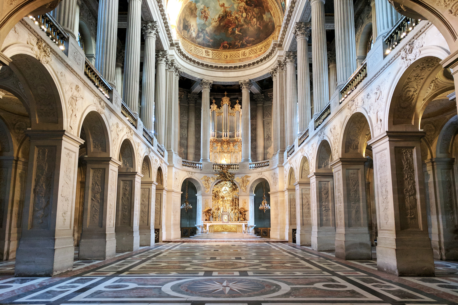 08chateau-versailles-chapel-travel-architecture
