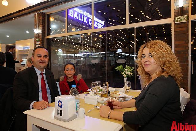 Murat Karagül ve ailesi