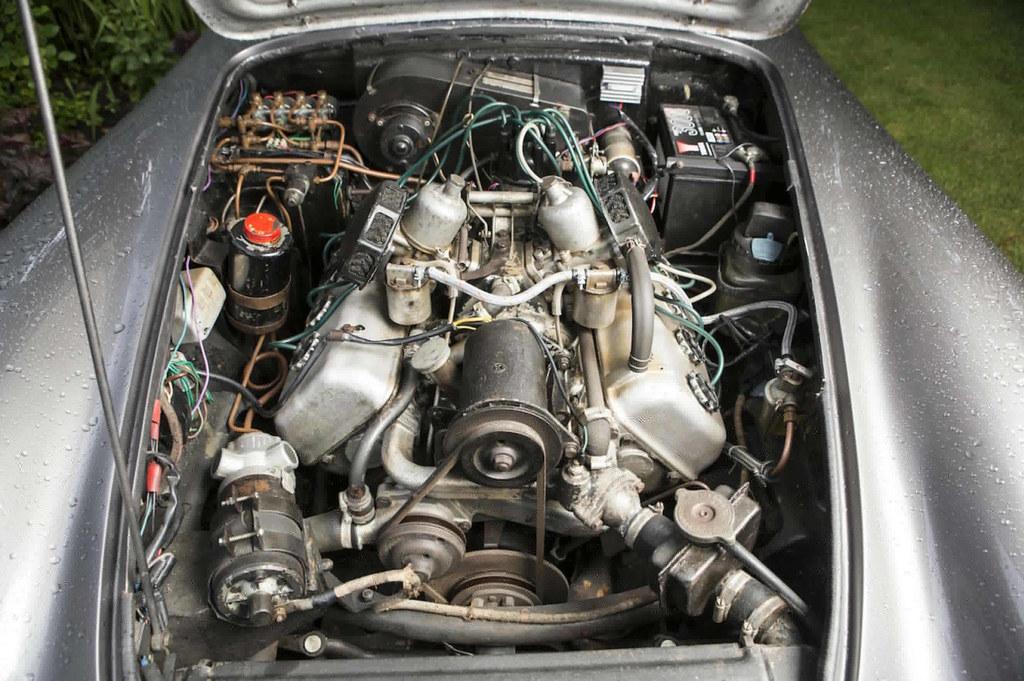 Daimler-SP250-6