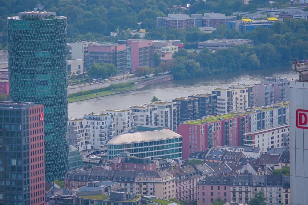 Westhafen-Frankfurt-(1)