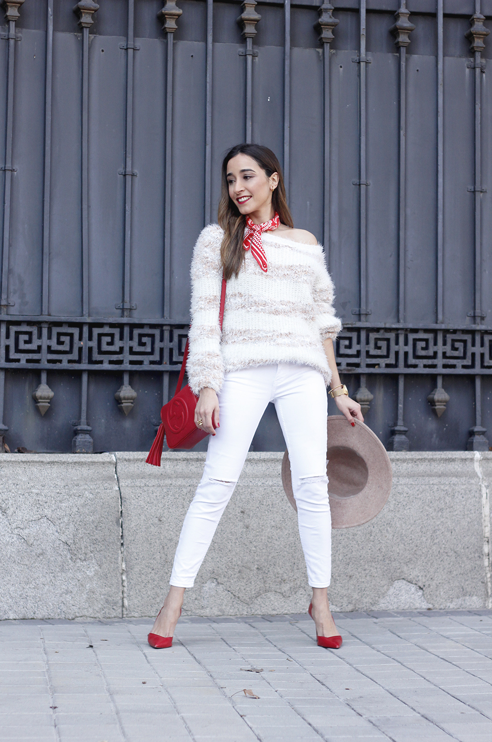 white outfit touch of red gucci bag primark hat winter outfit 201801