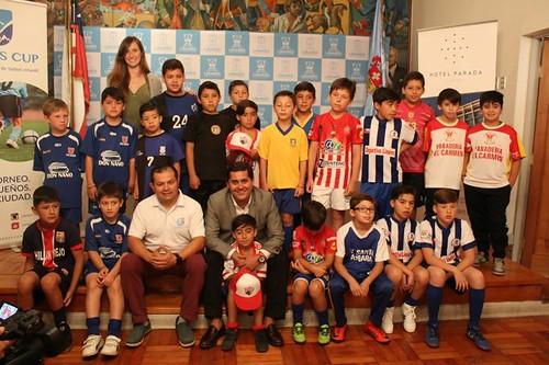 """LINARES; Alcalde Mario Meza da """"el vamos"""" a Torneo de fútbol infantil """"Linares Cup"""""""