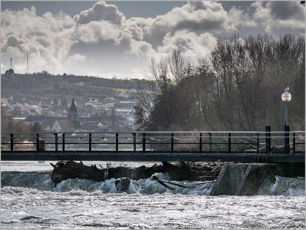 Pont sur yonne part 2 38437167870_34851fb3f5_b