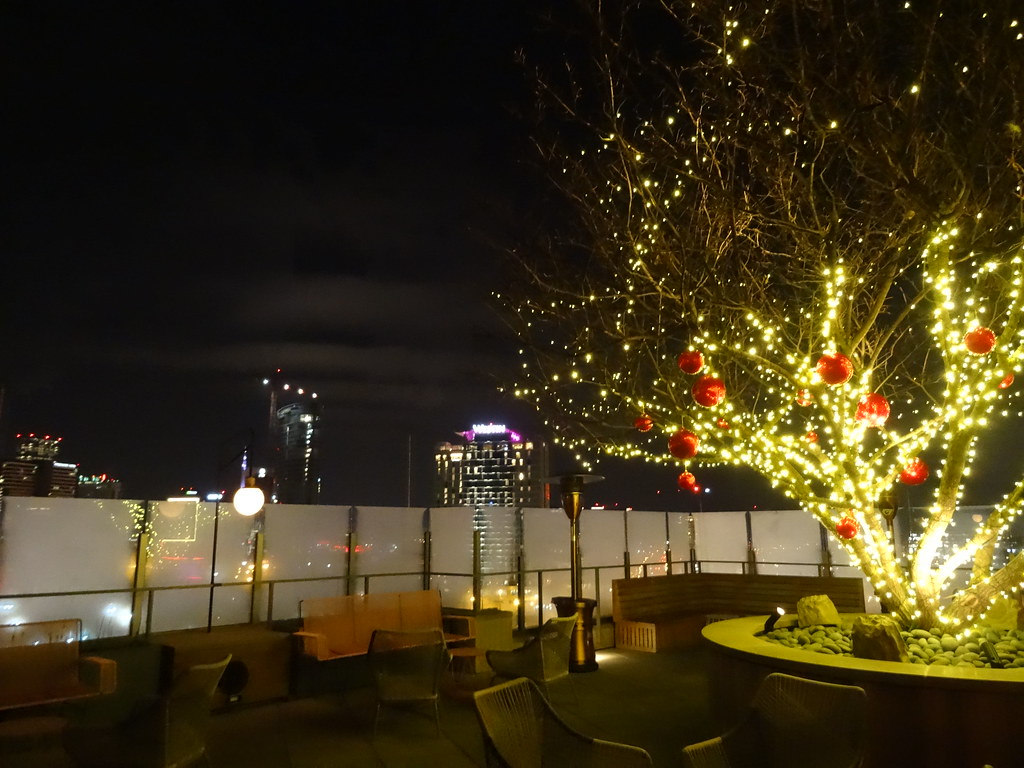 L.A. Jackson's Rooftop Patio