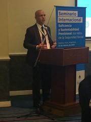 O secretário Marcelo Caetano fala durante o seminário internacional Suficiencia y Sustentabilidad Previsional - Los Retos de la Seguridad Social, na Argentina.23.fev.2018