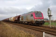 Train d'engrais sortant de l'usine Borealis de Grandpuits - Photo of La Croix-en-Brie