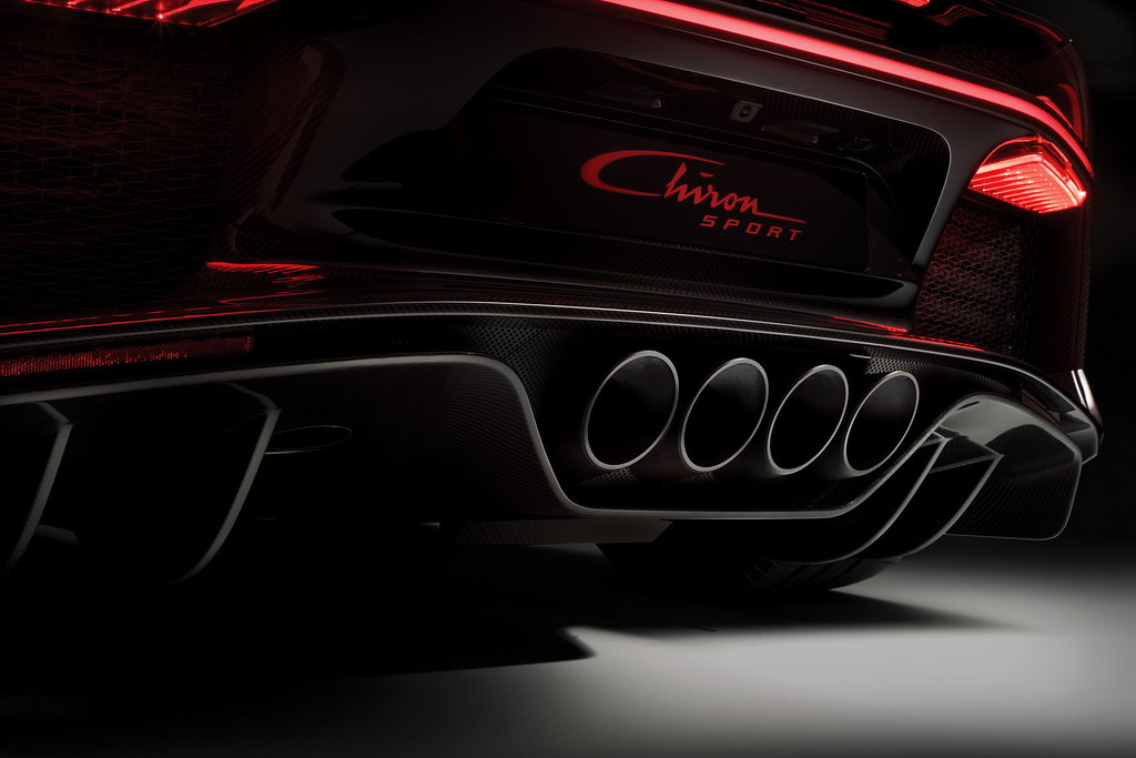 2018-bugatti-chiron-sport-6