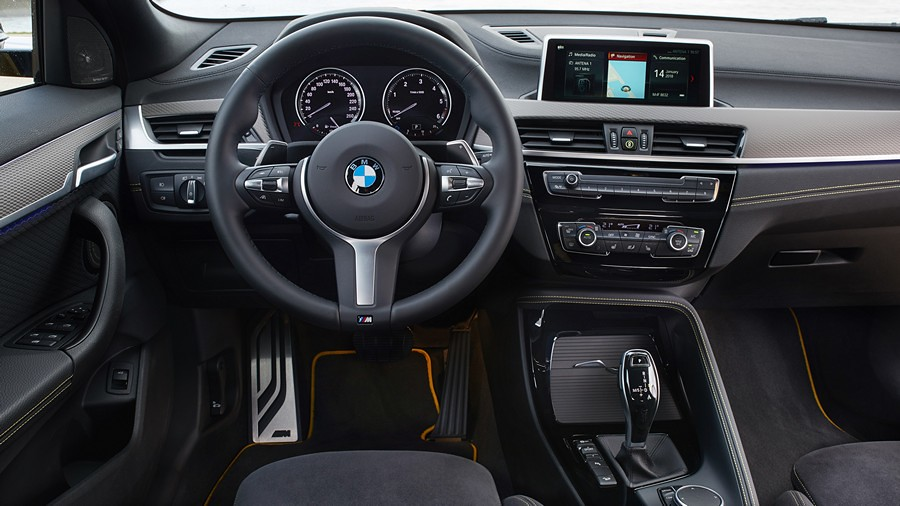 BMW X2 fabricki fotografii 4