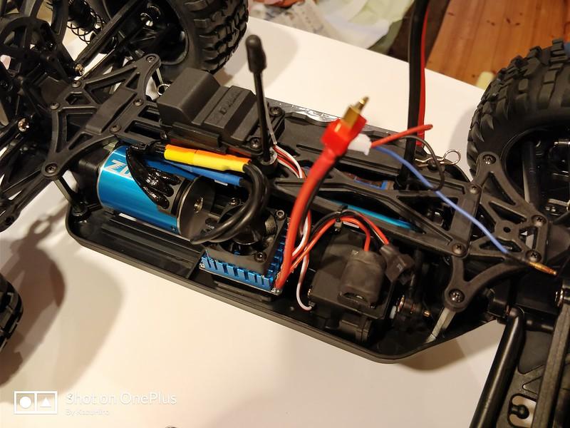 ZD Racing 10427 ラジコンカー 開封レビュー (53)