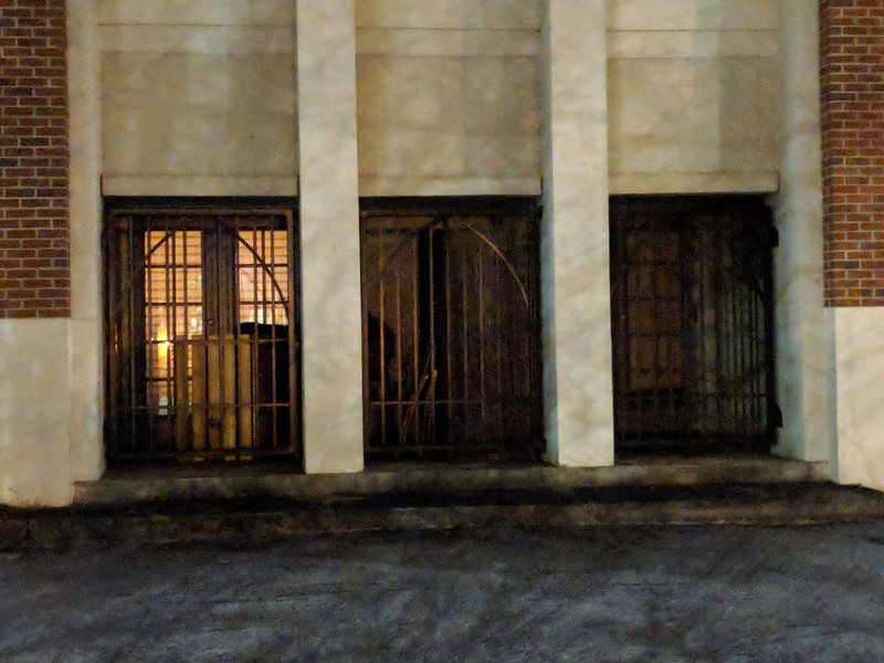 IMG_20180129_220056 2018-01-29 Former Atlanta Highlands Church of Christ 985 Ponce De Leon at night