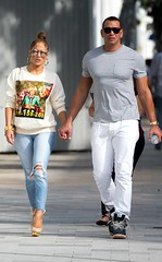 Jennifer Lopez and Alex Rodriguez Warmth Up Christmas in Miami