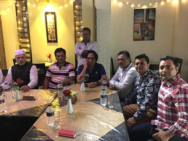 প্রবাসী আওয়ামীলীগের নেতৃবৃন্দের সাথে অলক সরকার ও রফিক খান