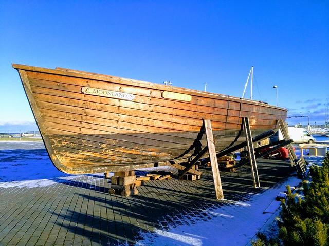 Väinamere uisk - purjelaev Moonland Kuivastu sadamas